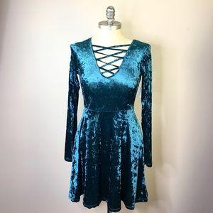 💕Vneck Dress Crushed Velvet Teal Dress Stretch